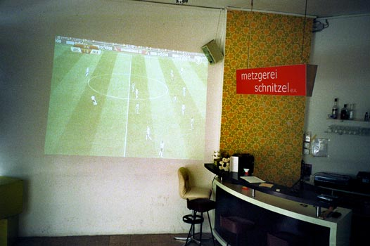 Brause, Metzgerei Schnitzel, Fussball