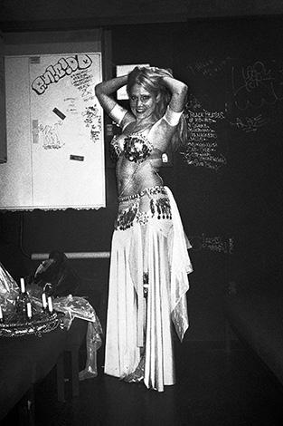 Radio Love Love, Club Bahnhof Ehrenfeld, black and white, analog, dag, memyselfandi