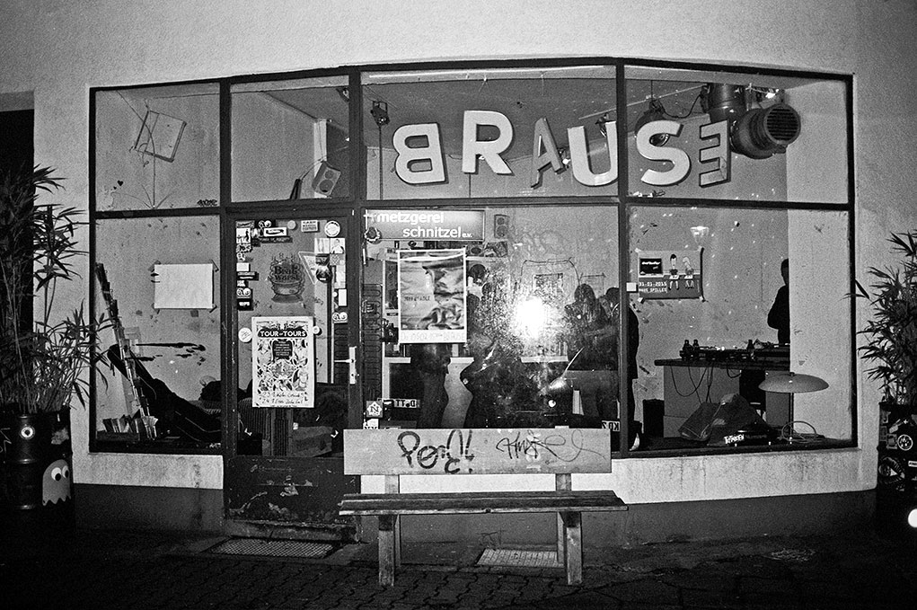 Metzgerei Schnitzel e.V., Brause, analog, s/w, schwarz-weiss, b/w, black and white, Contax T3