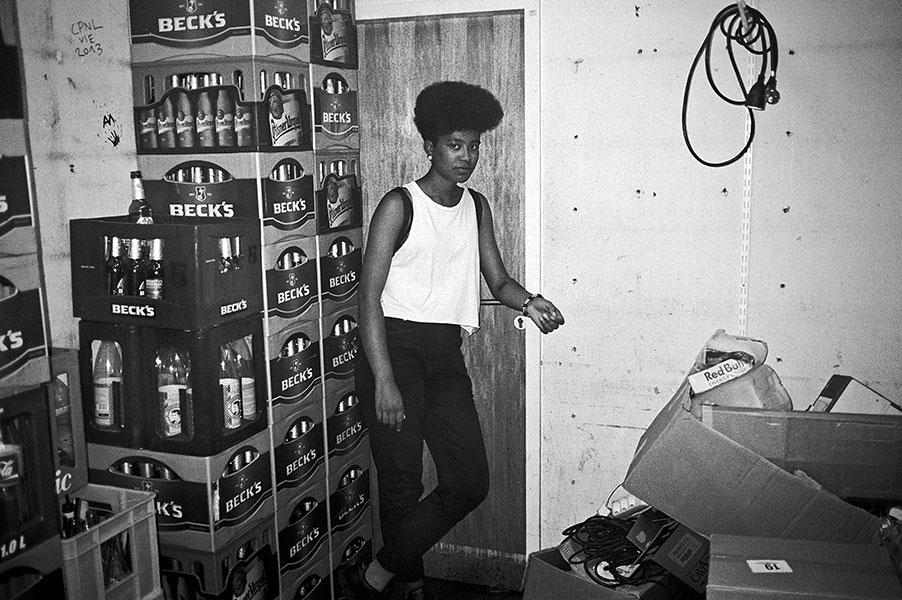 Lisa, Salon des Amateurs, analog, s/w, schwarz-weiss, b/w, black and white, Contax T3