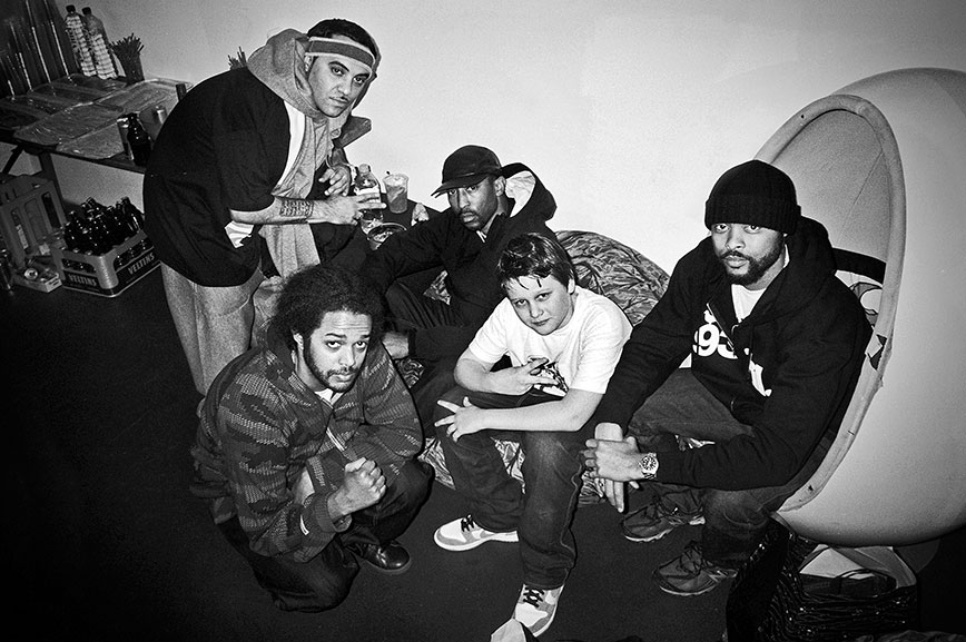 Souls of Mischief, analog, Leica minilux, b&w, s/w, schwarz-weiß, black and white, point and shoot, p&s, arty farty galery