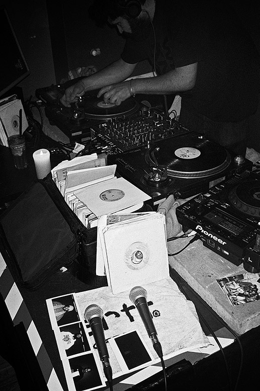 I Love Wax, Guilty Simpson, Phat Kat, Geneva Club, Supa Emcee, Ben*, analog, s/w, schwarz-weiss, b/w, black and white, Contax T3