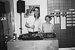 Bar, Lucas Coon, analog, s/w, schwarz-weiss, b/w, black and white, mju2, TMax400