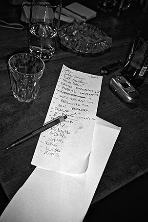 Stecken, I Love Wax, Ben*, Dudley Perkins, Twit one, FotoSchiko, Fotoschiko, fotoschiko, foto schiko, Foto Schiko, Schiko, Andreas Schiko, analog, Olympus mju2, b/w, schwarz-weiss, s/w, T-max400, Bauhaus, Dessau