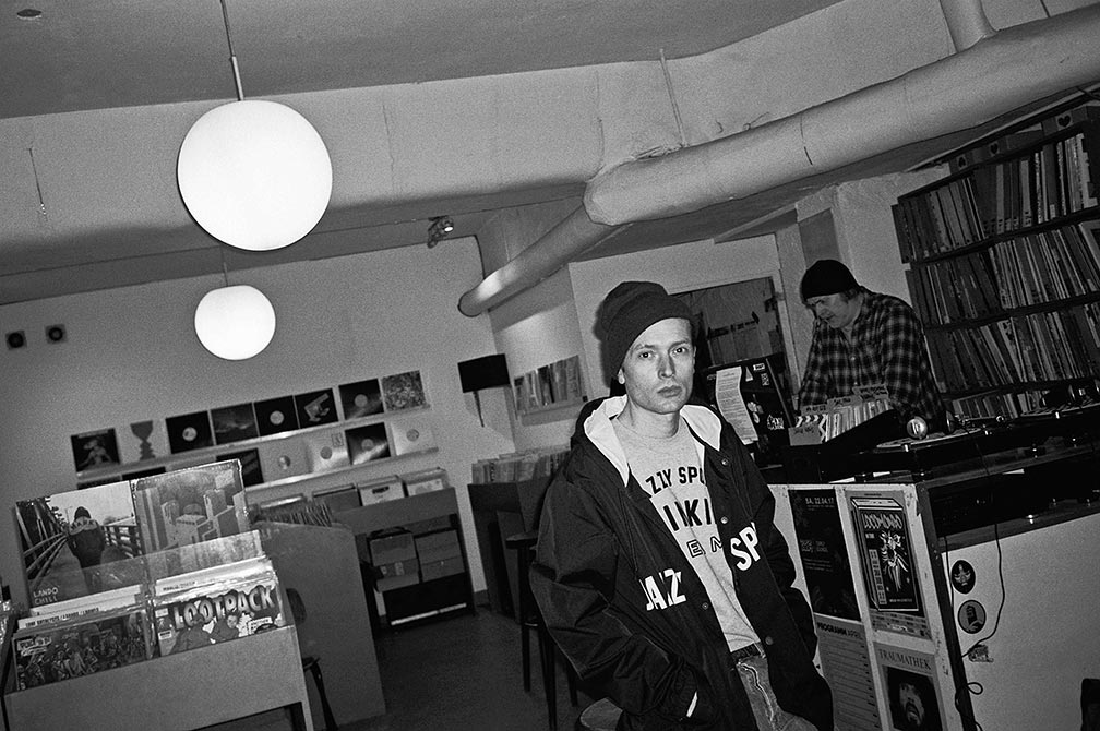 Tim, Twit one, Groove Attack, Record store, Record store cologne, bw, sw, Olympus mju2, Kodak Tmax400, point and shoot, analog,