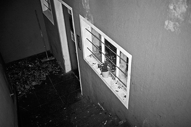 analog, analoge Fotografie, Analogphotography, point and shoot, Contax T3, Olympus mju, Kodak Tmax400, bw, sw, black and white, schwarz-weiss, Rheinraum, Rheinraum e.V., Düsseldorf