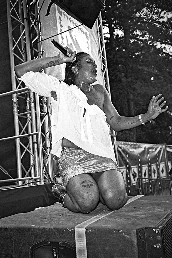 #mykkiblanco, analogphotography, analogfotografie, analog, mykki blanco, open source festival, bw, black and white, schwarzweiss, sw, Kodak Tmax400, Kodak Tmax 400, filmfeed, analogfeed, analogblog, analogphotoblog, analogfotoblog, point and shoot, pointa