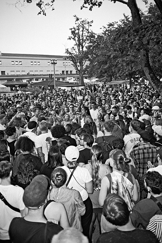 analogphotography, analogfotografie, analog, mykki blanco, open source festival, bw, black and white, schwarzweiss, sw, Kodak Tmax400, Kodak Tmax 400, filmfeed, analogfeed, analogblog, analogphotoblog, analogfotoblog, point and shoot, pointandshoot, compa