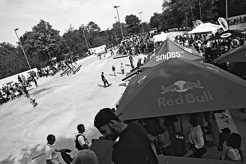 analogphotografie, compactcamera, yashica t3, party, electronic, 35mm, 35mm feed, photoblog, fotoblog, sound of düsseldorf, point and shoot, skateboard, skaten, skatepark eller