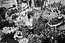 analogphotography, analogfotografie, analog, Leica, Leica minilux, bw, schwarzweiss, sw, Kodak Tmax400, Kodak Tmax 400, filmfeed, analogfeed, analogfotoblog, point and shoot, pointandshoot, compactcamera, olympus, olympusaf1mini, flowers, flowershop
