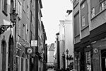 Wallstrasse, Altstadt, covid 19, Düsseldorf, analog, analogfotografie, analogphotography, Kodak Tmax 400, Leica, Leica minilux, sw, bw