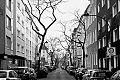 Talstrasse, Düsseldorf, Bilk, covid 19, point and shoot, analog, analogphotography, analogfotografie, 35mm, on film, kleinbild, sw, bw, schwarz-weiss, leica, leica minilux, Kodak Tmax400,