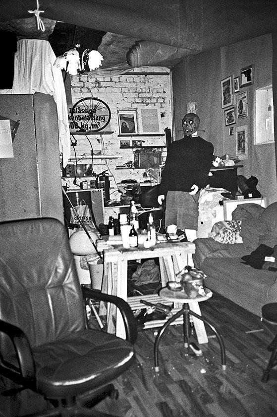Bloodflowers, Rehearsal room, band, analog, analogfotografie, analogphotography, Olympus mju 2, point and shoot, compact camera, photostory, photoblog, Filmphotography