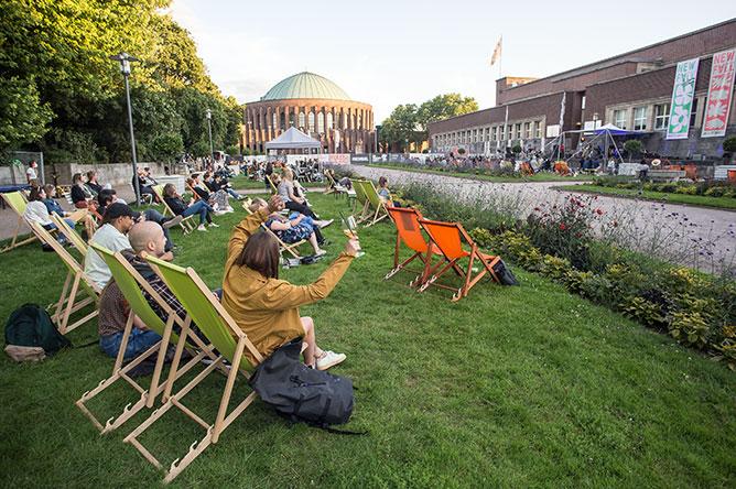 New Fall Festival, Festival, Düsseldorf, NRW Forum, Ehrenhof, Summer Edition,