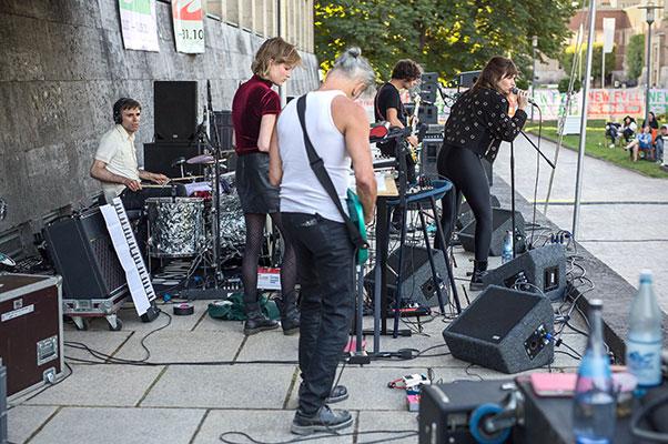 New Fall Festival, Festival, Düsseldorf, NRW Forum, Ehrenhof, Summer Edition, Sofia Portanet