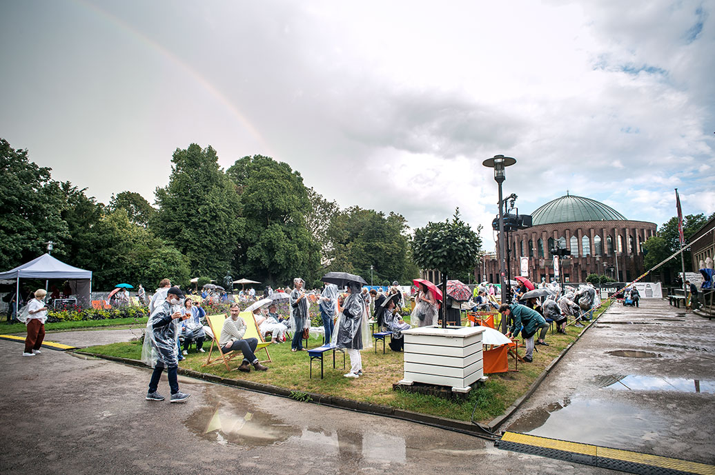 New Fall Festival, Festival, Düsseldorf, NRW Forum, Ehrenhof, Summer Edition, Tonhalle, Regenbogen, Regen
