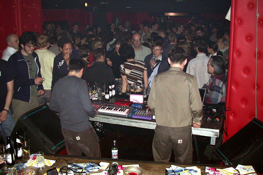 swimmingpool, combination records, unique, unique club, düsseldorf, duesseldorf, electronic music