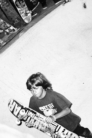 skateboard, schiko, fotoschiko, kids, black and white
