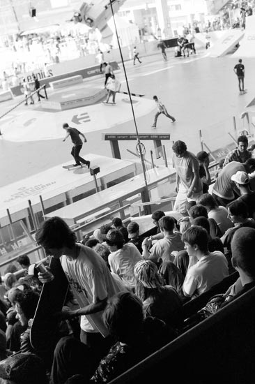 skateboard, schiko, fotoschiko, kids, blach and white